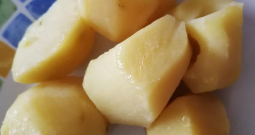 Dlaczego warto jeść zimne ziemniaki (i inne produkty skrobiowe)? - ZdrowieJem.pl